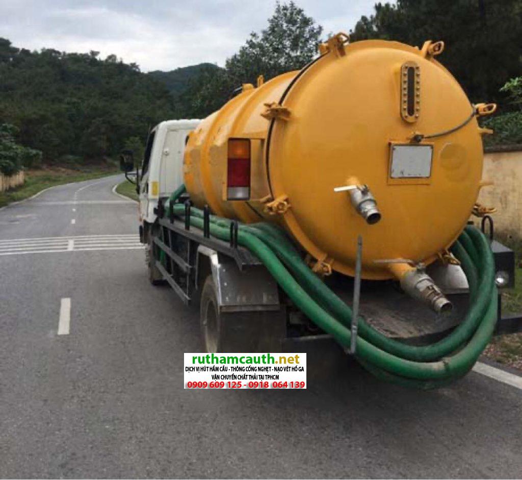 Báo giá xe hút bể phốt quận Tân Phú giá rẻ
