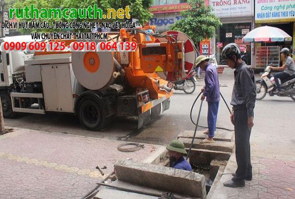 Dịch vụ rút hầm cầu khu công nghiệp Tân Bình