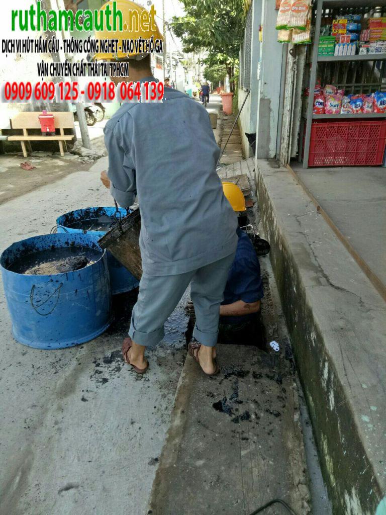 Giá dịch vụ rút hầm cầu, vệ sinh cống rãnh